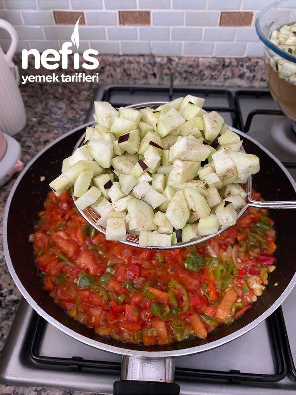 Nefis Lezzetiyle Patlıcanlı Börek-9454524-130547
