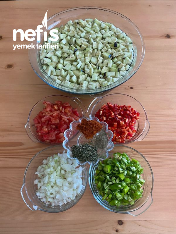 Nefis Lezzetiyle Patlıcanlı Börek-9454524-130541