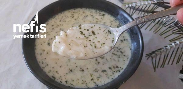 Terbiyesi Kesilmeyen Yoğurtlu Arpa Şehriye Çorbası Nasıl Yapılır-9459498-210551