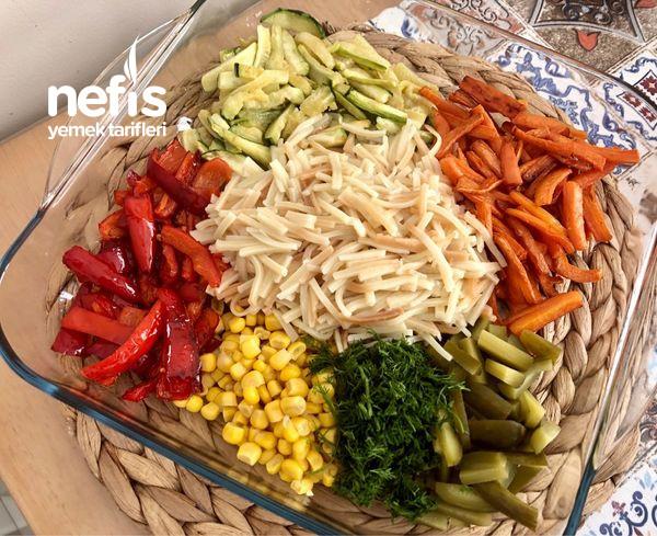Yoğurtlu Erişteli Sebze Salatası-9456854-090529