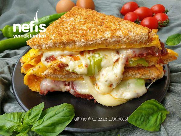 Harika Lezzetiyle Sucuklu Omlet Sandviç-9473988-100620