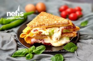 Harika Lezzetiyle Sucuklu Omlet Sandviç (Videolu) Tarifi