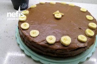 Muzlu Çikolatalı Yaş Pasta Tarifi (Pandispanya Tarifide Dahil)