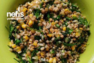 Diyet İri Bulgurlu Mercimek Salatası Tarifi