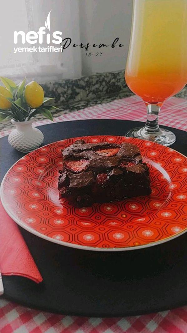 Çilekli Brownie-9504100-170647