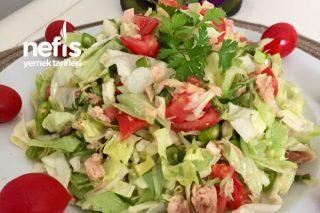 Çok Doyurucu Ve Lezzetli Ton Balıklı Salata (Diyete Uygun) Tarifi