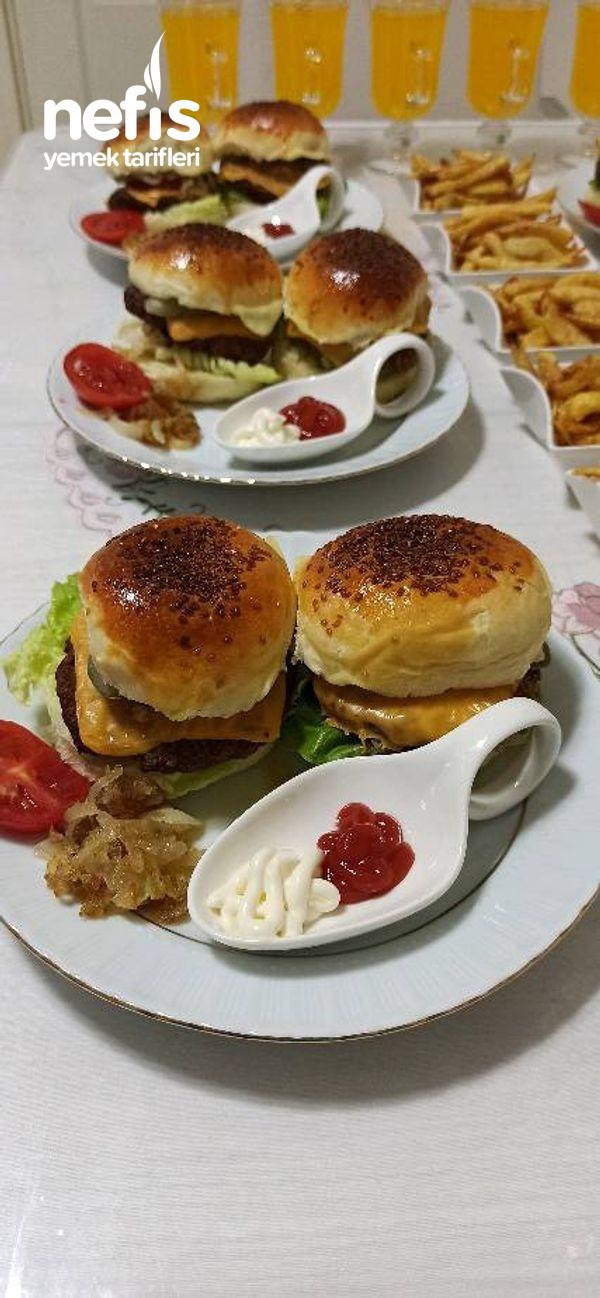Dışarda Yediğiniz Hamburgerleri Unutturacak Lezzette Bir Hamburger-9509886-070602