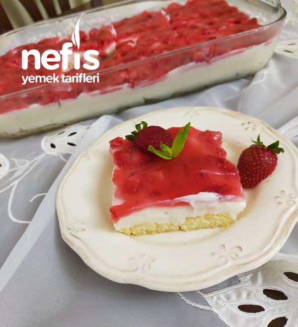 Çilekli Kolay Pasta-9514411-130656