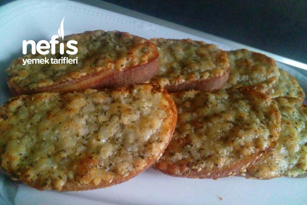 Krauterbrot (Sarımsaklı Ekmek)
