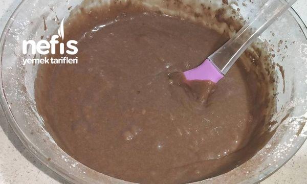 Yaş Pasta Lezzetinde Muzlu Çikolatalı Kek (Videolu)-9506685-090632