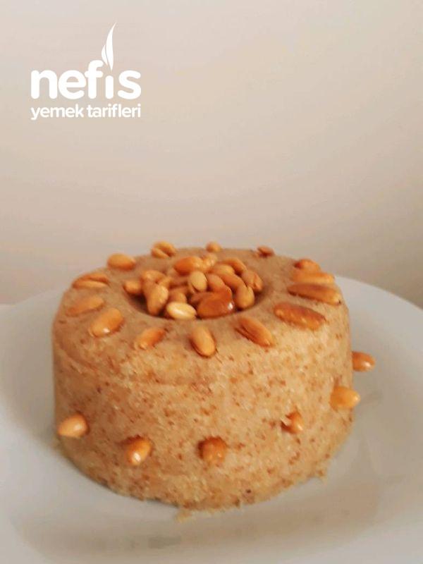 Osmanlı Tatlılardan Memnuniyet Helvası Diğer Adıyla Peynir Helvası