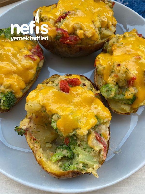 Brokolili Köz Biberli Chedarlı Patates Çanakları
