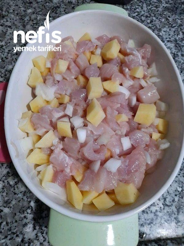 Fırında Tavuklu Sebze Kebabı