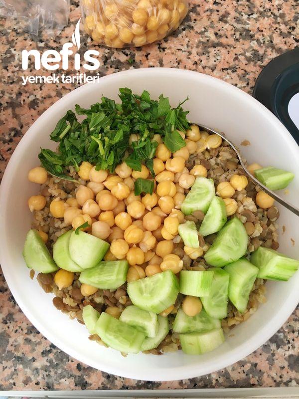 Sağlıklı Besleyici Diyet Yemeği