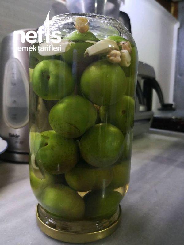 Yeşil Erik Turşususıcak Su İle Kütür Kütür