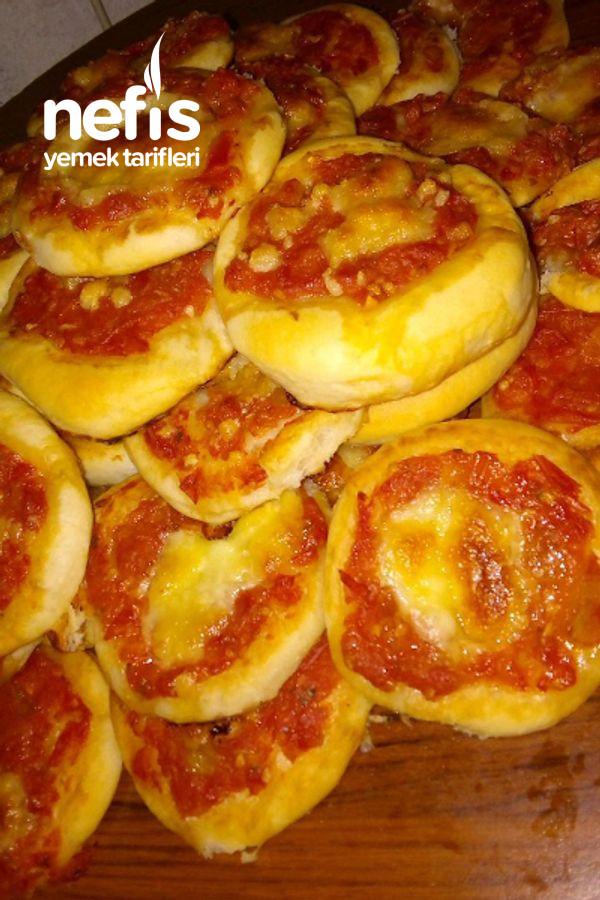 Enfesmi Enfes Lokmalık Domates Soslu Pizzalar