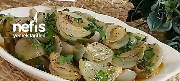 Nefis Közlenmiş Soğan Salatası (Tavuk Köfte  Et Yanına)