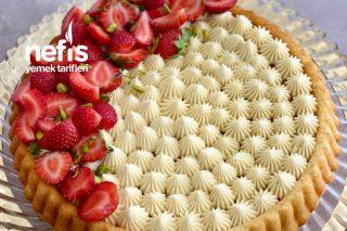 Pasta Görünümlü Kremalı Tart Kek Tarifi