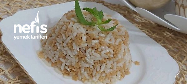 Şehriyeli Salma Pirinç Pilavı