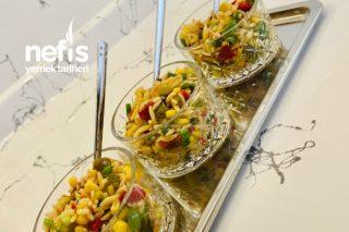 Hem Lezzetli Hem Doyurucu Şehriye Salatası Tarifi