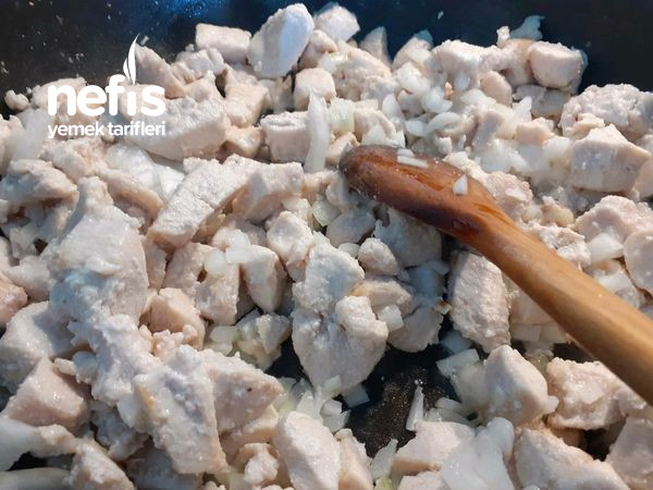 Kremalı Mantarlı Harika Bir Tavuk Yemeği
