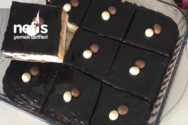 Öyle Pratik Ki 10 Dakikada Sütlü İrmik Tatlısı (Videolu)