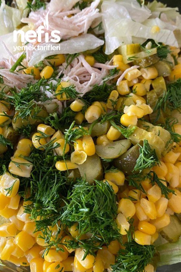 Tavuklu Atom Salata
