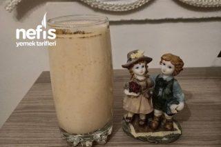Kolayca Evde Yapılan Kayısılı Ve Muzlu Milkshake Tarifi