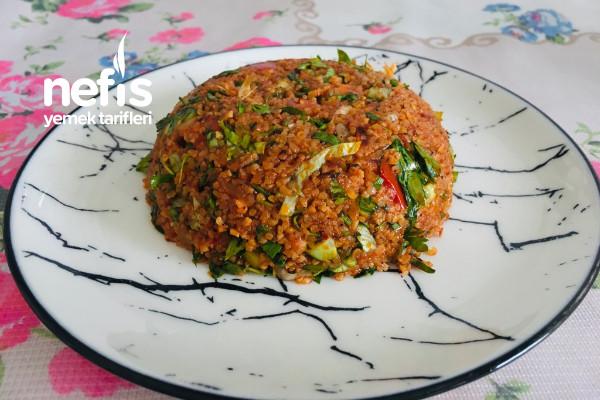Kısır (Çayın Yanına İkramlık Salata)