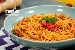Bolonez Soslu ( Kıymalı) Spagetti Makarna Tarifi