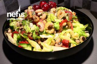 Diyetlere Uygun Doyurucu Enfes Börülce Salatası Tarifi