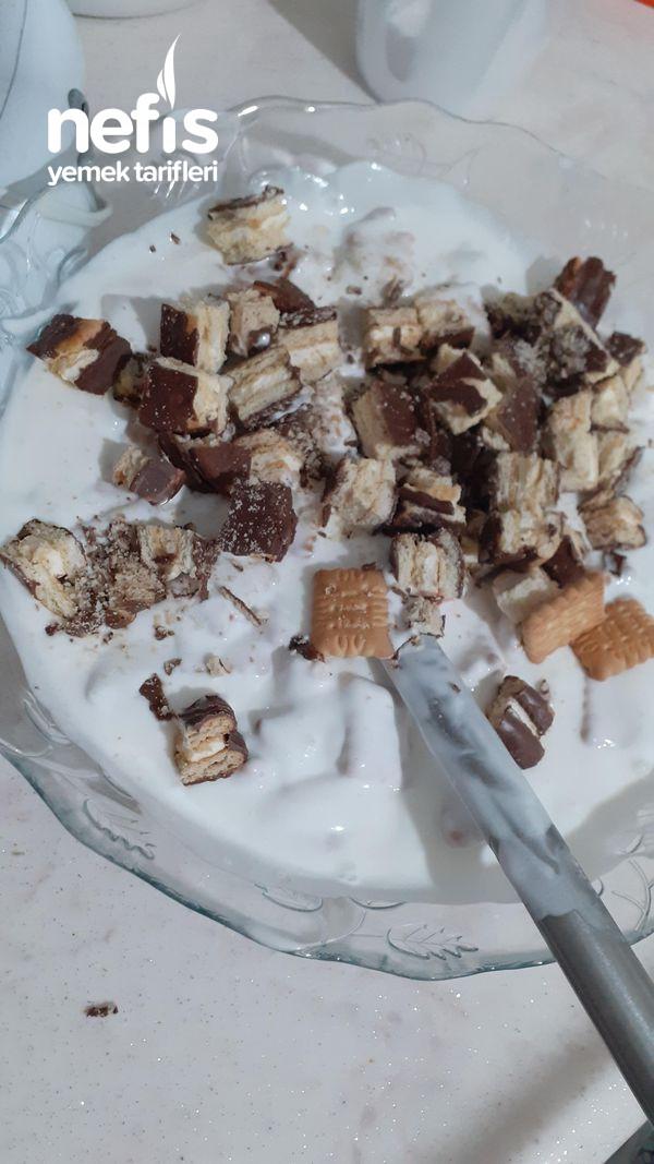 Parfe (Yaz Sıcaklarında En İyi Gidecek Pasta)
