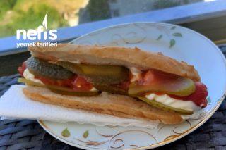 Glutensiz Sosisli Sandviç Tarifi