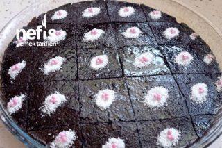 Brownie Tadında Sosu Sütsüz Islak Kek Tarifi