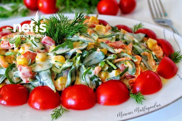 Havuçlu Semizotlu Yaz Salatası (Favoriniz Olacak)