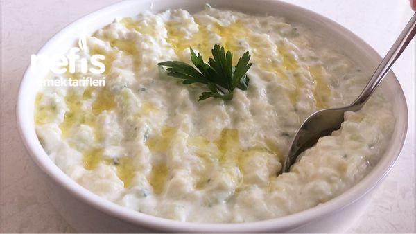 Patatesli Salatalıklı Şipşak Yoğurtlu Meze Tarifi (Videolu)