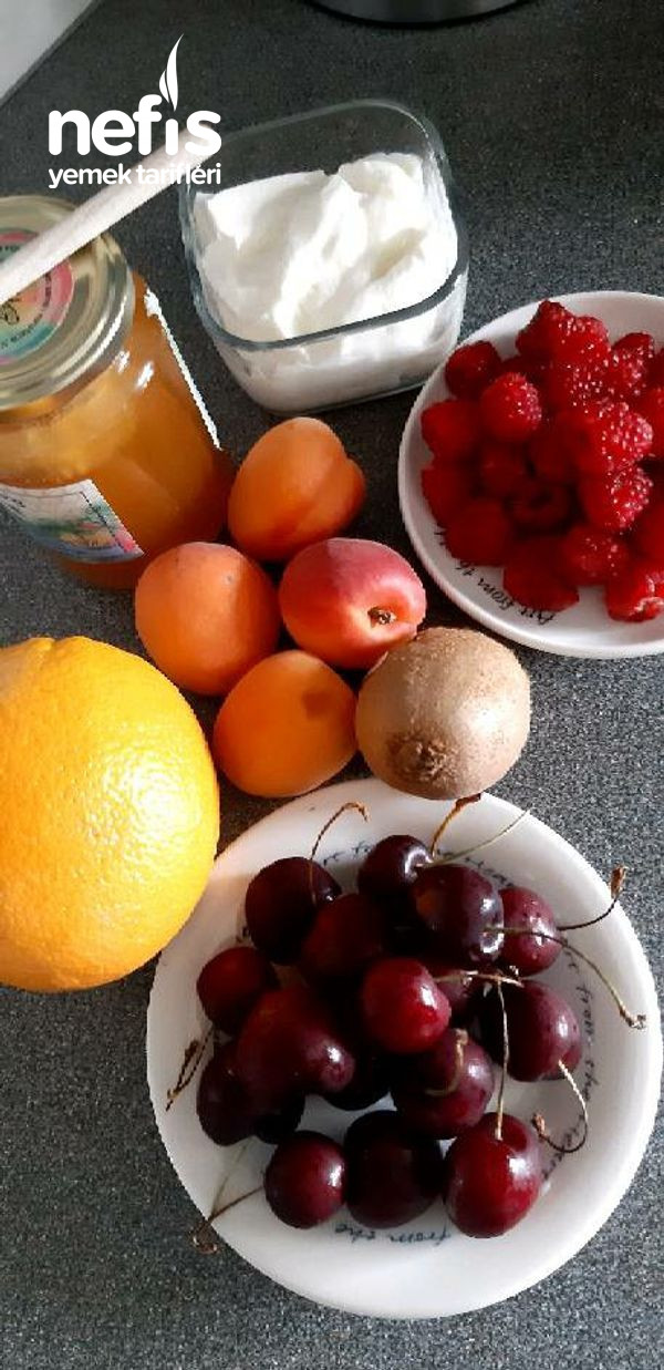 Portakal kabuğunda Meyveli Fit Dondurma