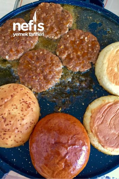 Ekmeğinden Köftesine Ve Çıtır Tavuğu İle Ev Yapımı Burger-9584395-160711