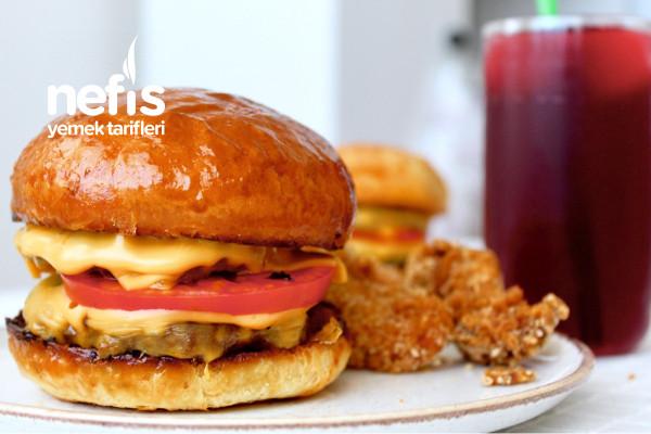 Ekmeğinden Köftesine Ve Çıtır Tavuğu İle Ev Yapımı Burger