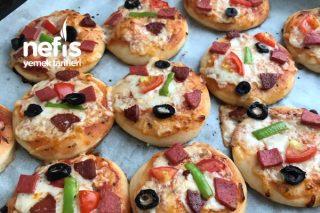 Kahvaltılık Minik Pizzalar Tarifi
