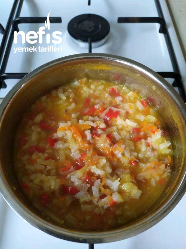 Pirinçli Sebze Çorbası (+6 Ay)