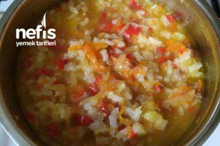 Pirinçli Sebze Çorbası (+6 Ay) Tarifi
