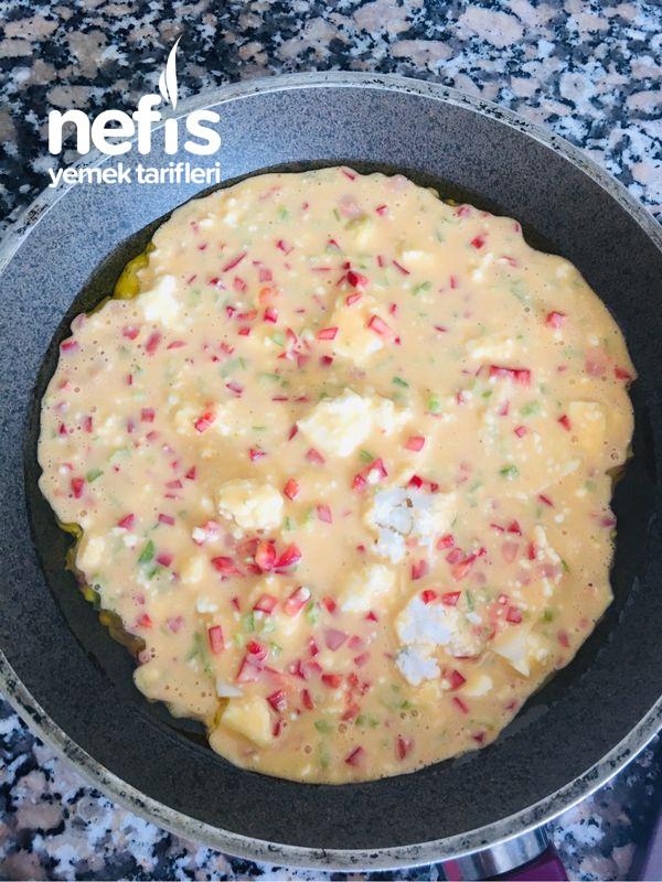 Börek Tadında Omlet Omlet Kek Omlet Börek (Kahvaltılık)