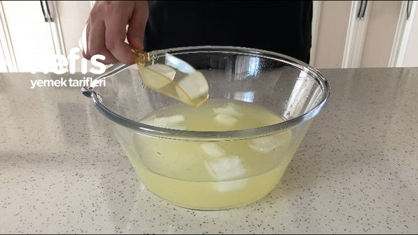Sadece 1 Limonla 1 Litre Limonata Tarifi (Videolu)
