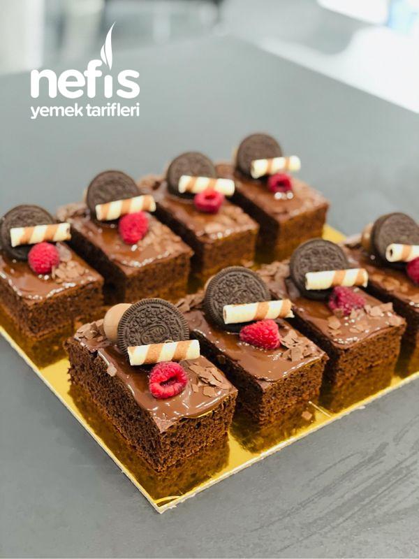 Çikolatalı Kek Dilimleri