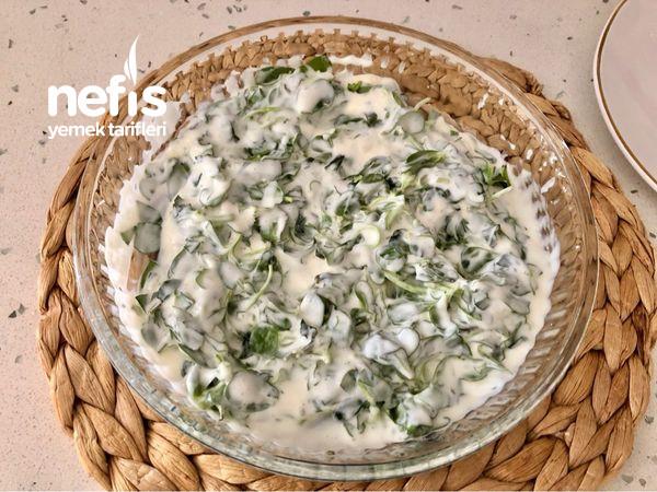 Bulgur Köfteli Nohutlu Semizotu Salatası