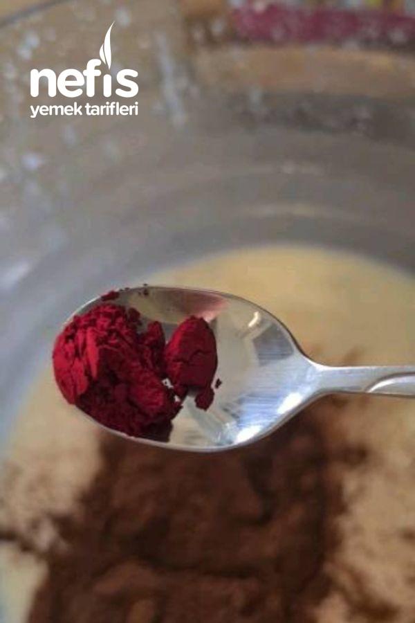 Porsiyonluk Kadife Pasta