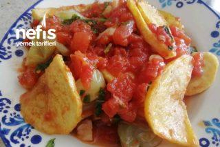 Domates Sosu ile Patates Kızartma Tarifi