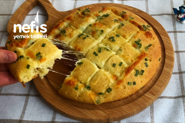 Sarımsaklı Ekmek Mozarella Peynirli (Videolu)