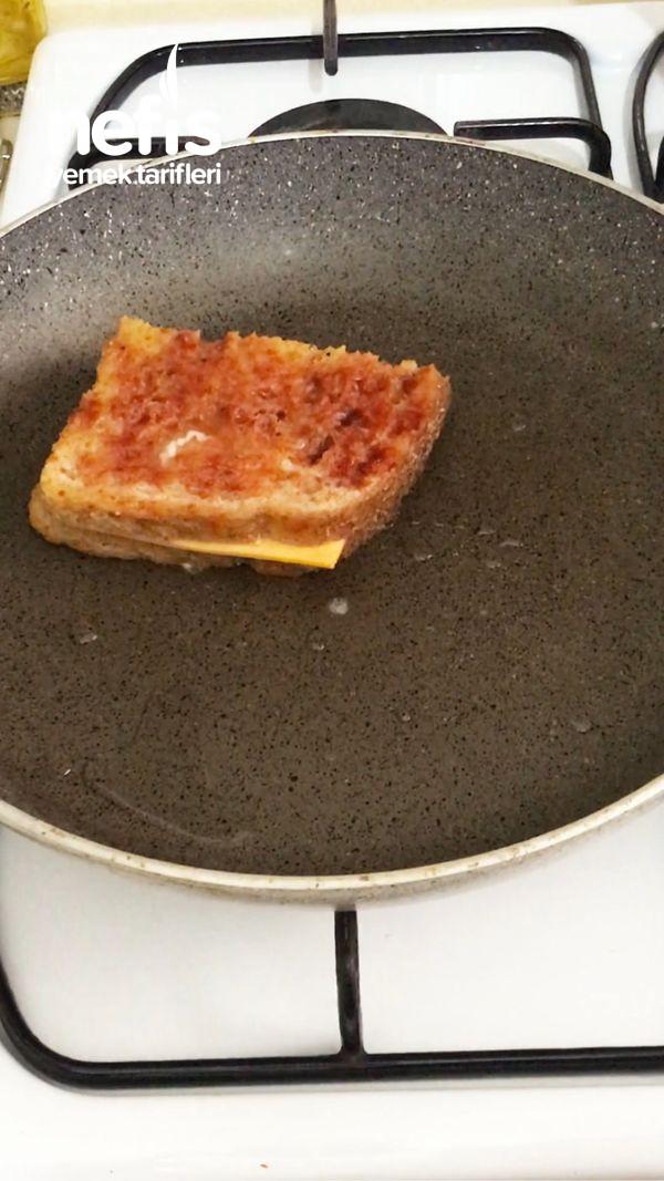 Aşırı Lezzetli Fit Yumurtalı Ekmek